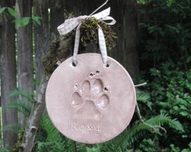 Dog paw ornament, mud puddle brown